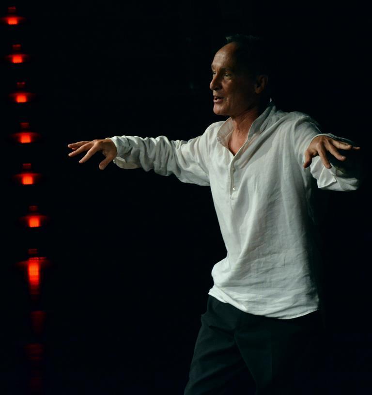 Spektakl Teatru NN: Witold Dąbrowski